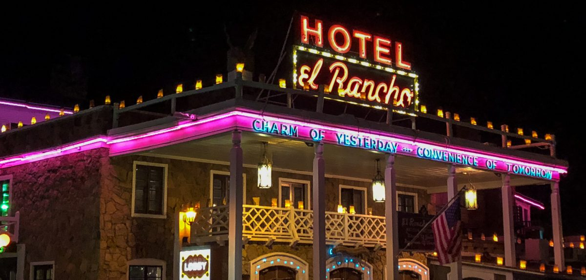 el Rancho Hotelel Rancho Hotel